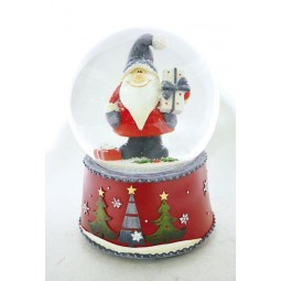 Snow globe Santa with gray cap