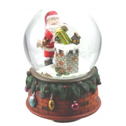 Snow globe Santa at the chimney
