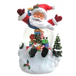 Santa con bola de nieve