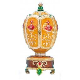 Huevo Fabergé corona