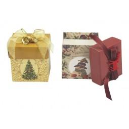 Display con 12 cajas de regalo